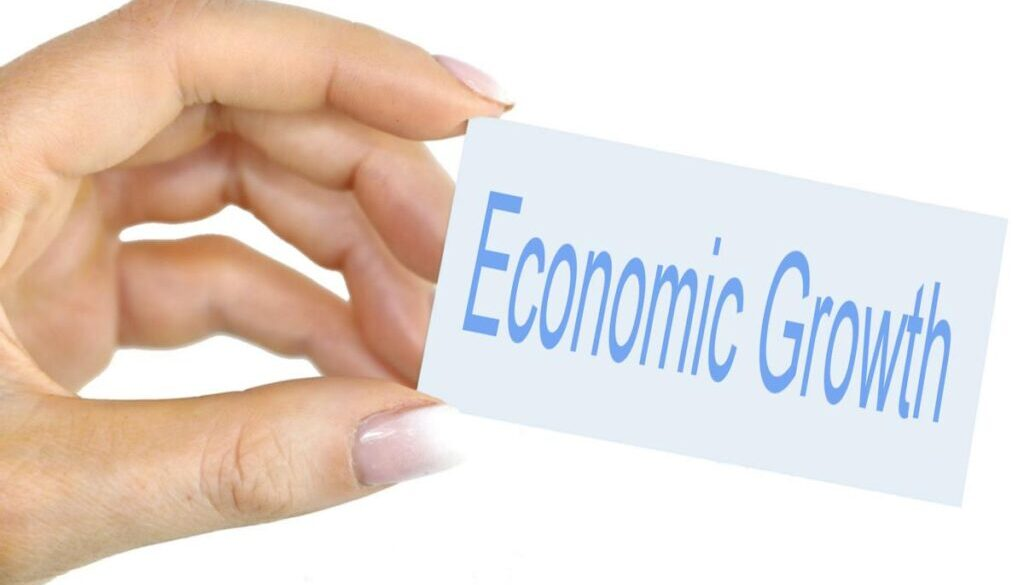 salvadoran economic growth in 2021